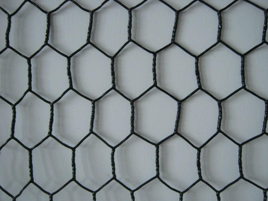 Black Vinyl Coated Hexagonal Mesh Chicken Wire Steel Fencing
